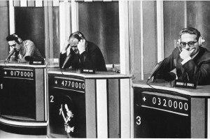 Rischiatutto, gioco condotto da Mike Bongiorno, 1972. Al centro è riconoscibile Massimo Inardi, amatissimo campione