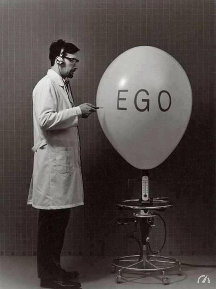 Esperimento: l'esplosione dell'Ego