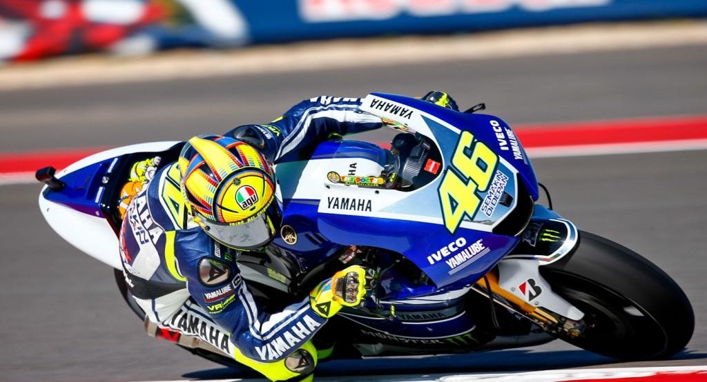Valentino Rossi porta il 46, ma non di piede